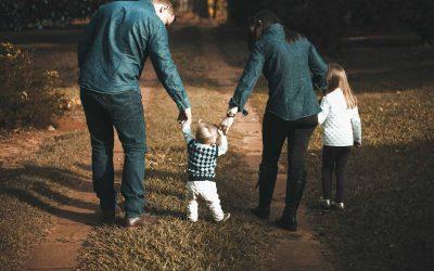 Devenir papa après 40 ans ? Connaître les risques